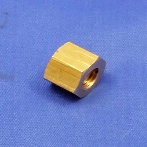 brass manifold nut - 1/4