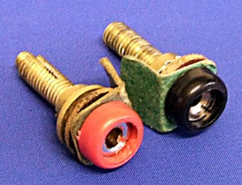 sockets for dashboard plug - unequal pin
