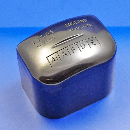 RF96 black regulator lid