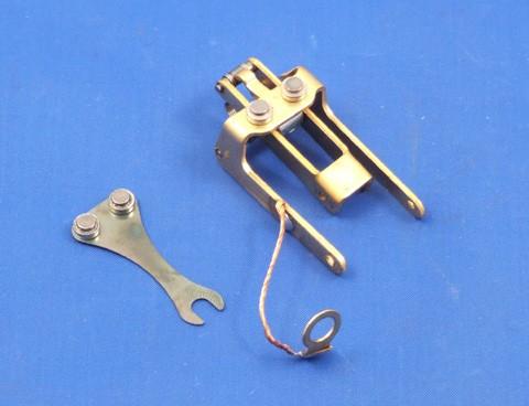SU fuel pump points and blade AUB6106
