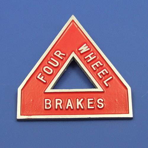 4 wheel brake sign